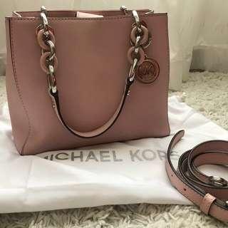 Micheal Kors Cynthia small (light pink)