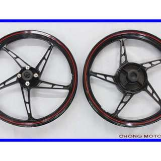 Looking for spark rims