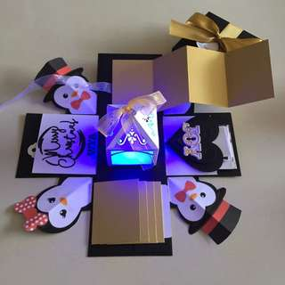 Penguin Xmas explosion Box With Lighthouse, 4 waterfall and pull tab in black, white & gold