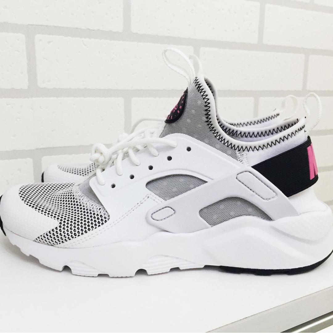 100% Authentic Nike Huarache Ultra Run GS
