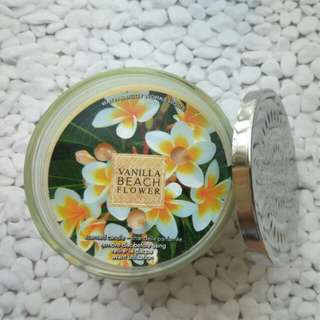 Bath & Body Works Scented Candle