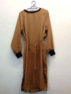 Vintage brown midi dress