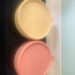 Tupperware ( New )