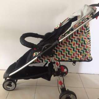 Stroller with Car Sit (D5126)