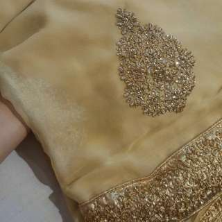 #FreePostage REDUCED Gold Saree