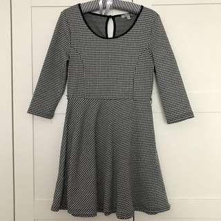 Black And White Size M Dress houndstooth Pattern