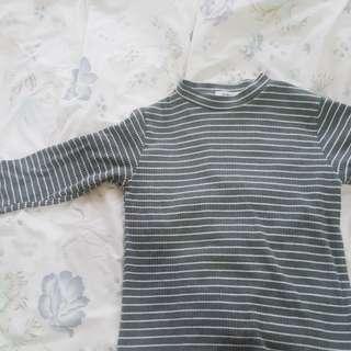 🚚 抹茶綠條紋針織衣