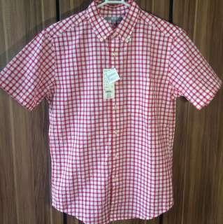Uniqlo short sleeve shirt