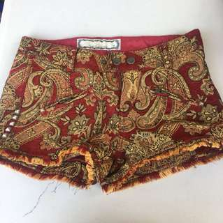 Baroque pattern shorts