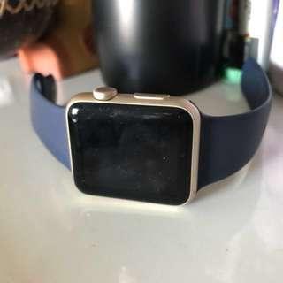 Apple Watch Series 1 42mm 金色 (好少戴)連另外兩條錶帶