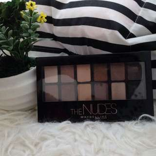 Maybeline eyeshadow the nudes