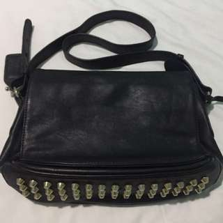 VINCCI Sling Bag with 2 compartment
