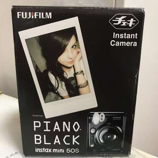Instax Mini 50s - Piano Black