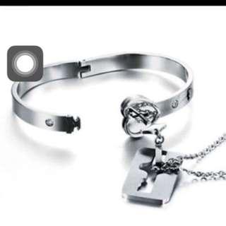 ( LOWEST!! ) Couple necklace and bracelet set