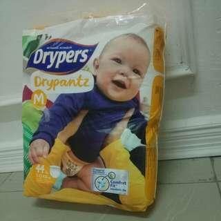 Rm 25 today ! Pampers Drypers Drypantz saiz M