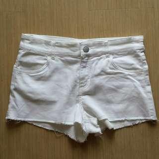 H&M white shorts