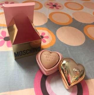 Moschino 肥皂