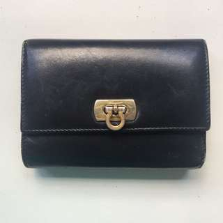 (Clearance) Ferragamo wallet (Authentic)