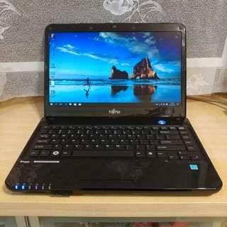 """日本 富士通 Fujitsu Lifebook LH532 Notebook (14"""" Mon Laptop / 手提電腦)"""