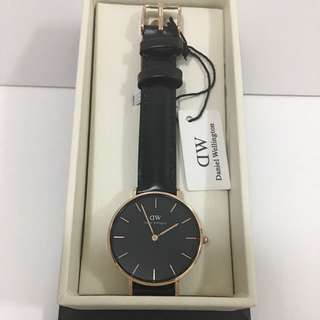 DW女裝黑色皮錶32mm