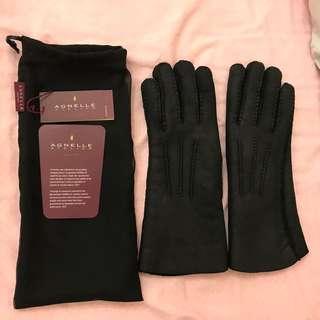 Brandnew Never Worn Lambskin gloves bought from UK