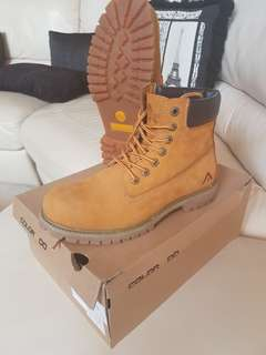 Colorado Boot Wheat Leather VNDS UK8