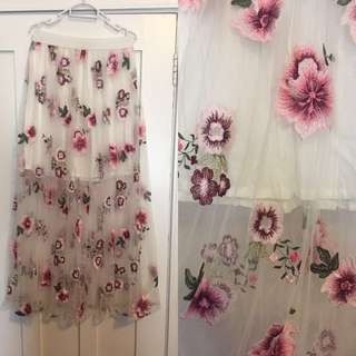 Beautiful Embroidered Maxi Skirt With Elastic Waist Sz 8-10