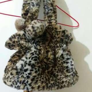 agnesb豹紋毛毛袋