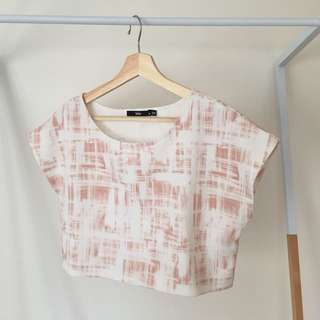 Sportsgirl Cropped Boxy Tee in Nude & White Print