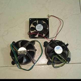Computer Fan with Heat Sink