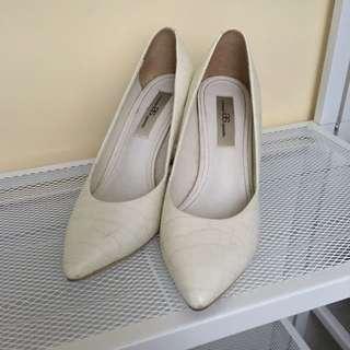 🚚 AS尖頭跟鞋