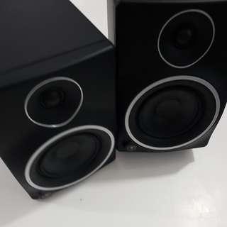 """Mackie MR5 MKIII 5"""" Studio Monitors"""
