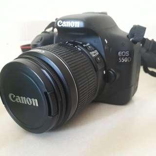 Camera DSLR Canon EOS 550D
