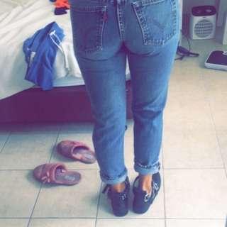 Levi's pants Size 6-8