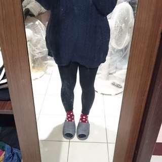 藍黑色 麻花毛衣