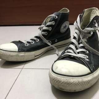All star黑色荔枝皮高筒帆布鞋 UK9.5 EU43
