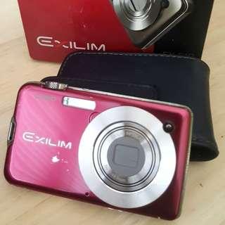Casio Exilim EX-S10 Camera