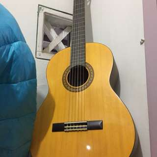Guitar never been played no box