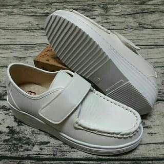 😍現貨😙Backen MIT 氣墊休閒鞋 護士鞋2 小白鞋厚底鞋/寬楦