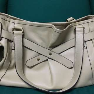 No brand bag bought from UK