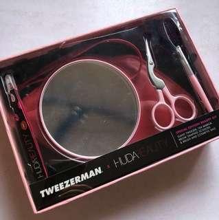Huda beauty tweezerman tweezer mirror scissor pouch set