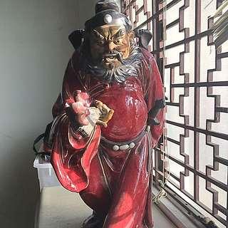 Zhong Kui statue