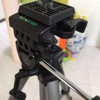 Velbon CX-888 Camera Tripod