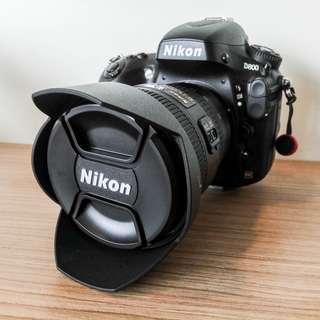 Nikon D800 Full set + 18-35mm Wide Lens