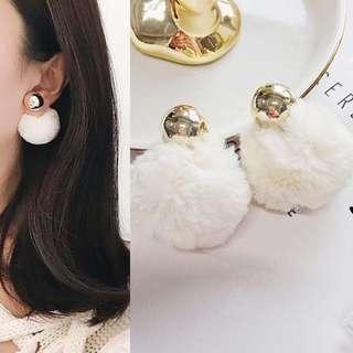 Bun rabbit earrings