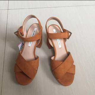 Wedges Pull&Bear NEW