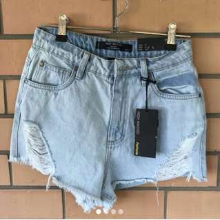 Size 8 new high waisted denim shorts