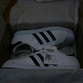 Brand New Authentic Superstar (Instock)