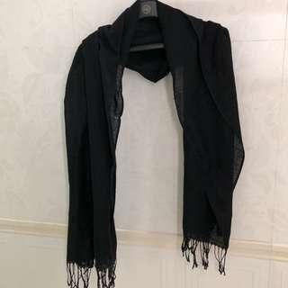Black syal