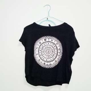 OFFICIAL h&m horoscope tee